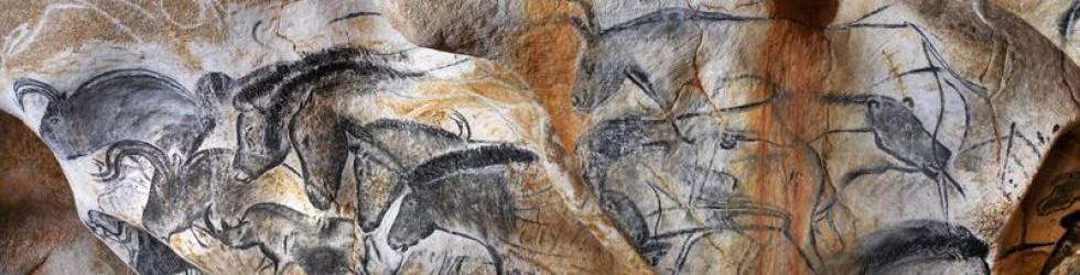 Caverne du Pont d\'Arc - Le-panneau-des-chevaux-long©Patrick Aventurier.JPG