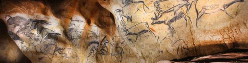 Caverne du Pont d\'Arc - Les-cervides-dela-fresque-des-chevaux©Patrick Aventurier.JPG