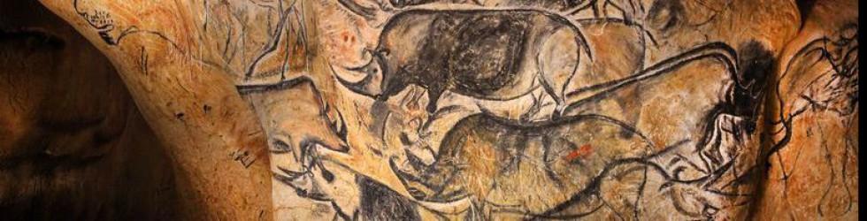 Caverne du Pont d\'Arc - les-rhinos-tres-presents-dans-la-fresque-des-lions©Patrick Aventurier.JPG