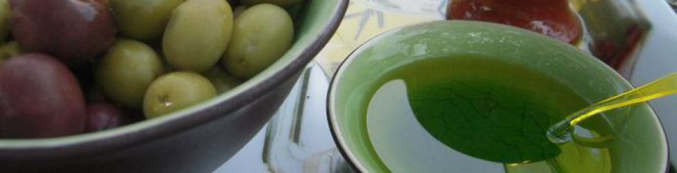 Exclusive Cooking - Olive oil tasting session ©Slice of France